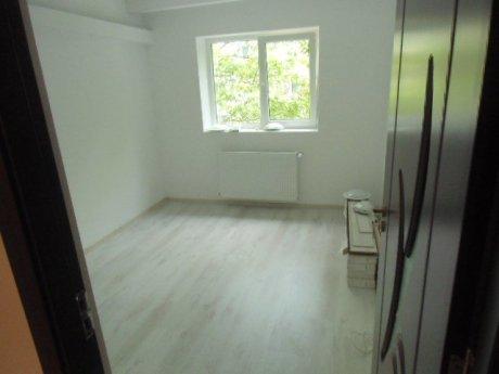 pret-renovare-apartament-2-camere-bucuresti-finisaje-fotografii-1