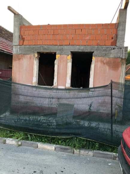 Firma de construcții execută case la roșu și la cheie în Brașov
