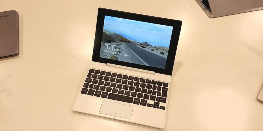 Toshiba Satellite Click Mini review : the best budget 2-in-1 for travellers?
