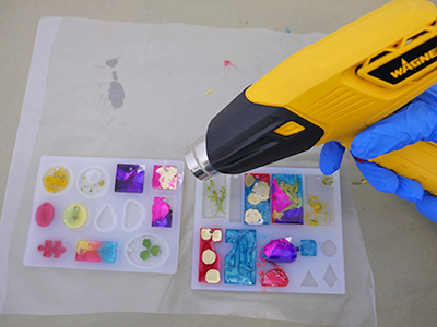 TotalBoat Jewelry Kit: Step 5 - Pop Air Bubbles