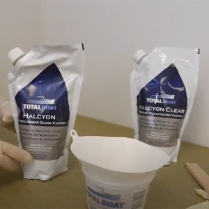 TotalBoat Halcyon Varnish easy pour bags