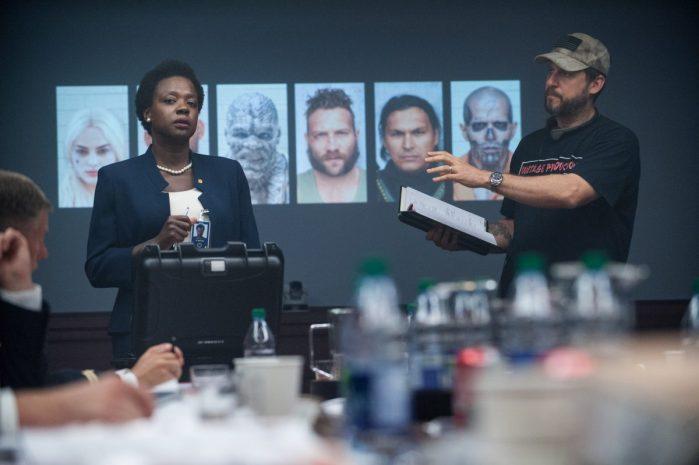 Režisér David Ayer s herečkou Violou Davis (foto Clay Enos/ TM & (c) DC Comics)