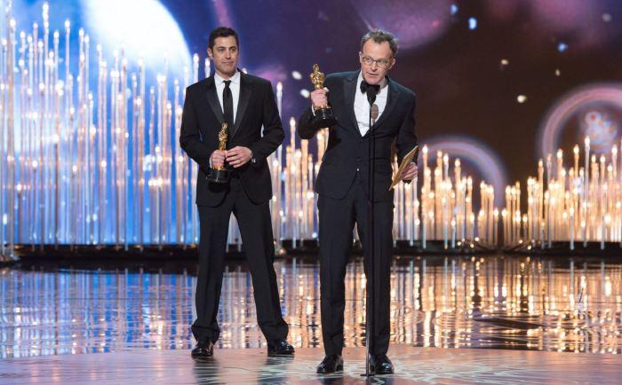 Tom McCarthy přebírá Oscara za Spotlight