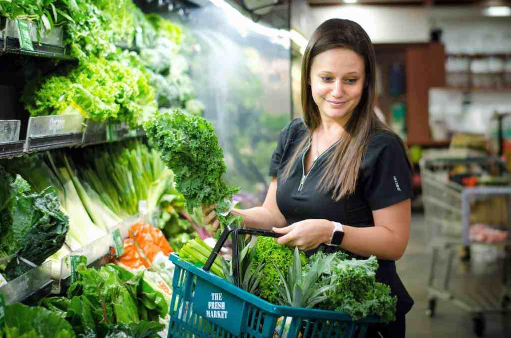 Dr. Anya Temer Total Holistic Center Vitamin Store
