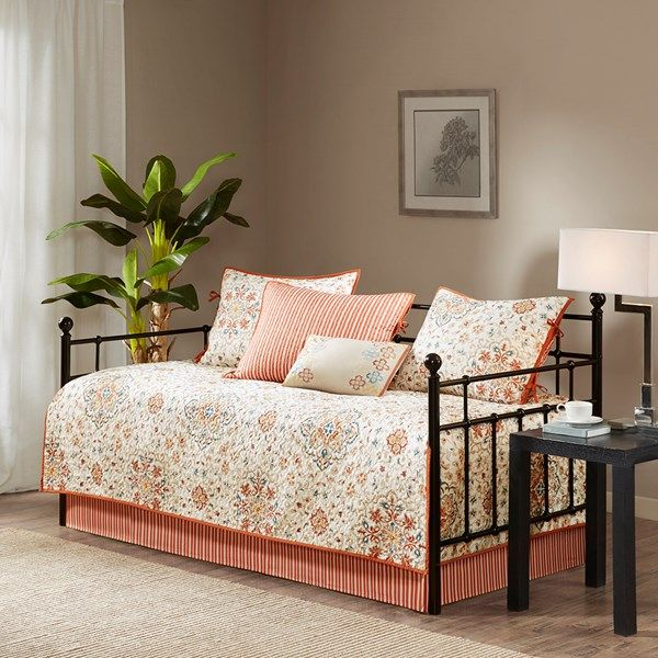 madison park tissa daybed 6 piece daybed set in ivory olliix mp13 3974