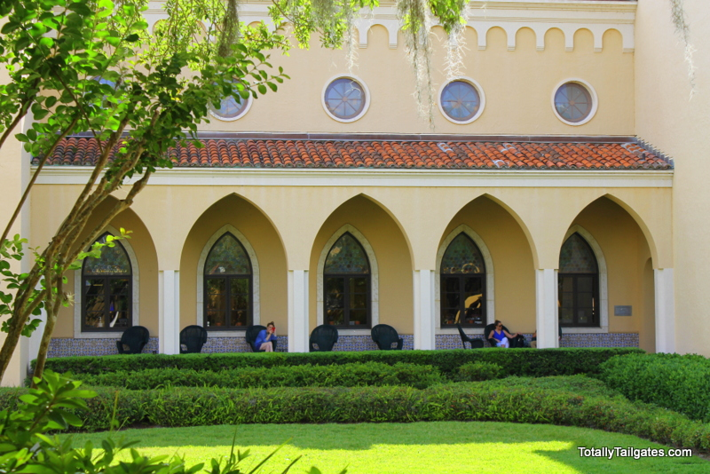 Olin Library at Rollins College. Find out where to study...we are All About College Orientations!
