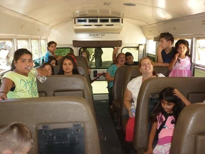 Total Mom Makeover Danya Kids on Bus