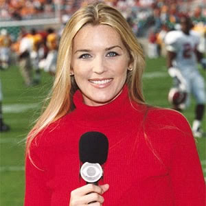 9 Sideline Reporters Whove Probably Been Texted A Dong