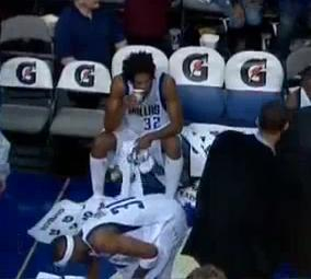 Mavs Sean Williams Pukes On The Bench Video Total Pro