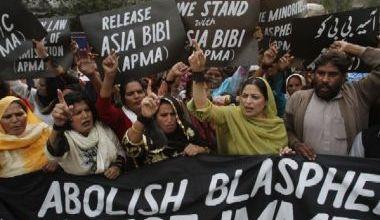 Photo of Creștinii fac o campanie pentru a o salva pe Asia Bibi de la pedeapsa cu moartea