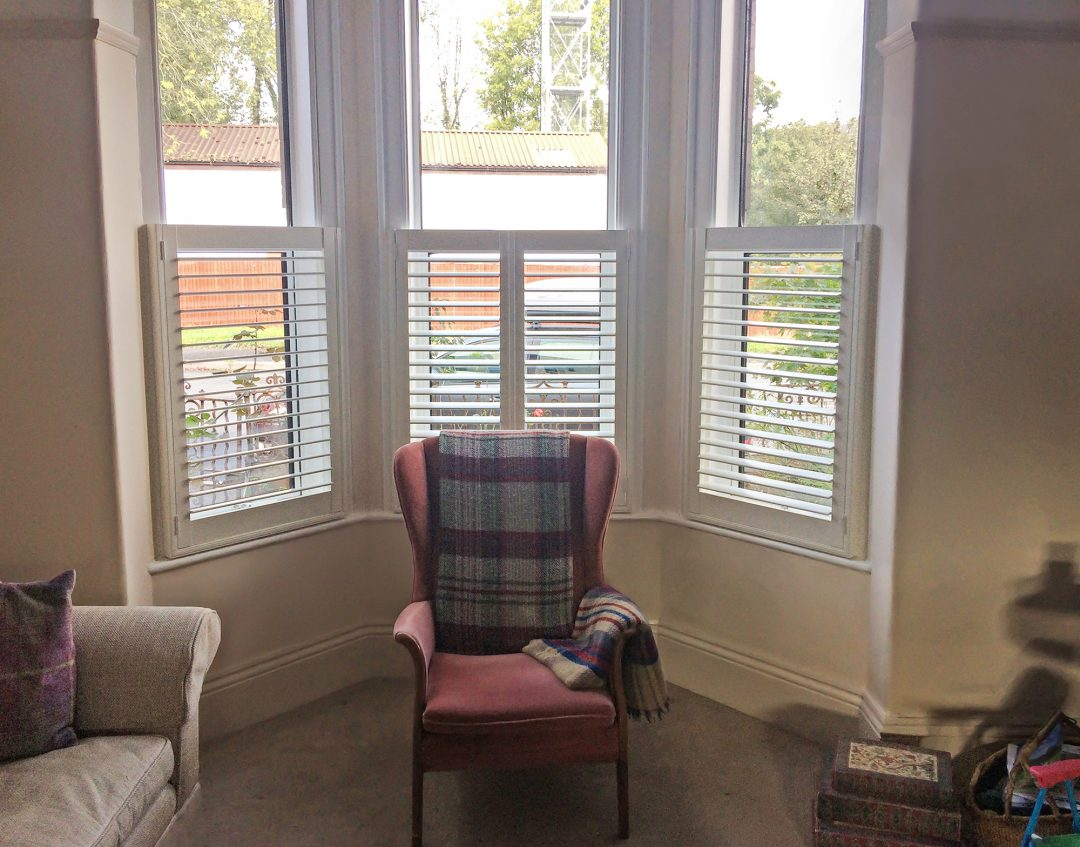 Shutters Cafe Style On A Bay Window Total Window Shutters