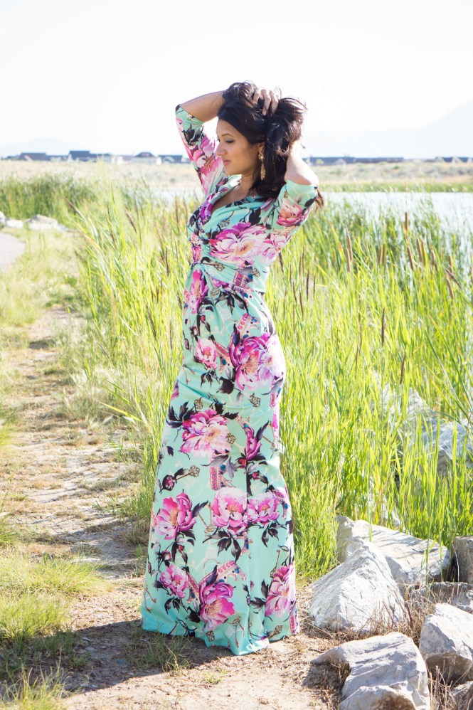 debbie-savage-big-floral-print-dress-4