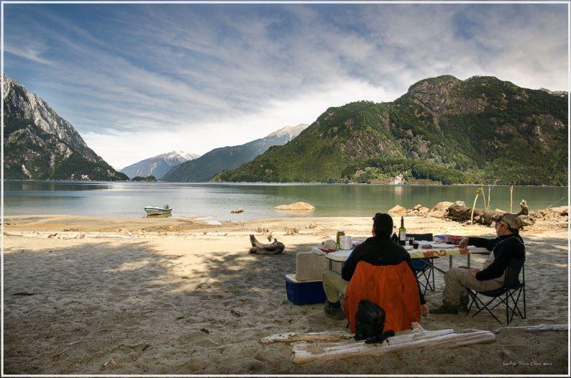 Un almuerzo en el paraíso - Hotel Yelcho en la Patagónia