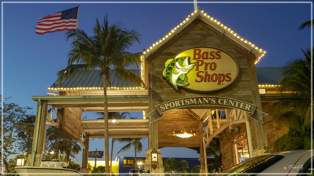 Bass Pro Shop Miami
