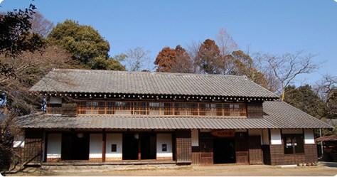 Kurosuke's House from the official Totoro no Furusato Fund website