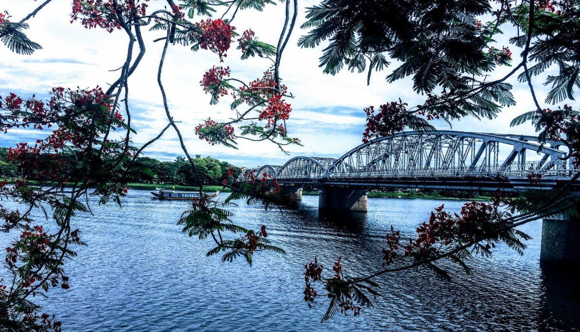 Truong Tien Bridge Hue