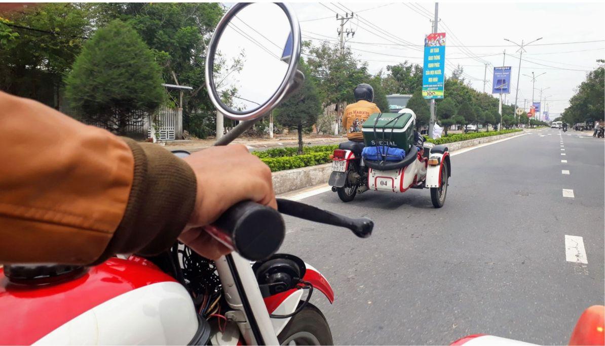 Sidecar tours beach road Hoi An
