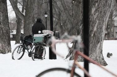 2014-05-Life-of-Pix-free-stock-photo-bike-snow-homeless (800x533)
