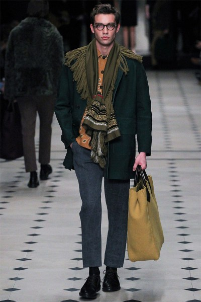 Burberry-Prorsum-London-Fashion-Week-Fall-Winter-2015-3