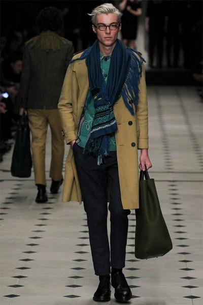 Burberry-Prorsum-London-Fashion-Week-Fall-Winter-2015-5