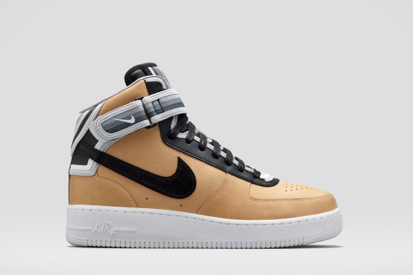 riccardo-tisci-nike-rt-air-force-1-triangle-offense-4