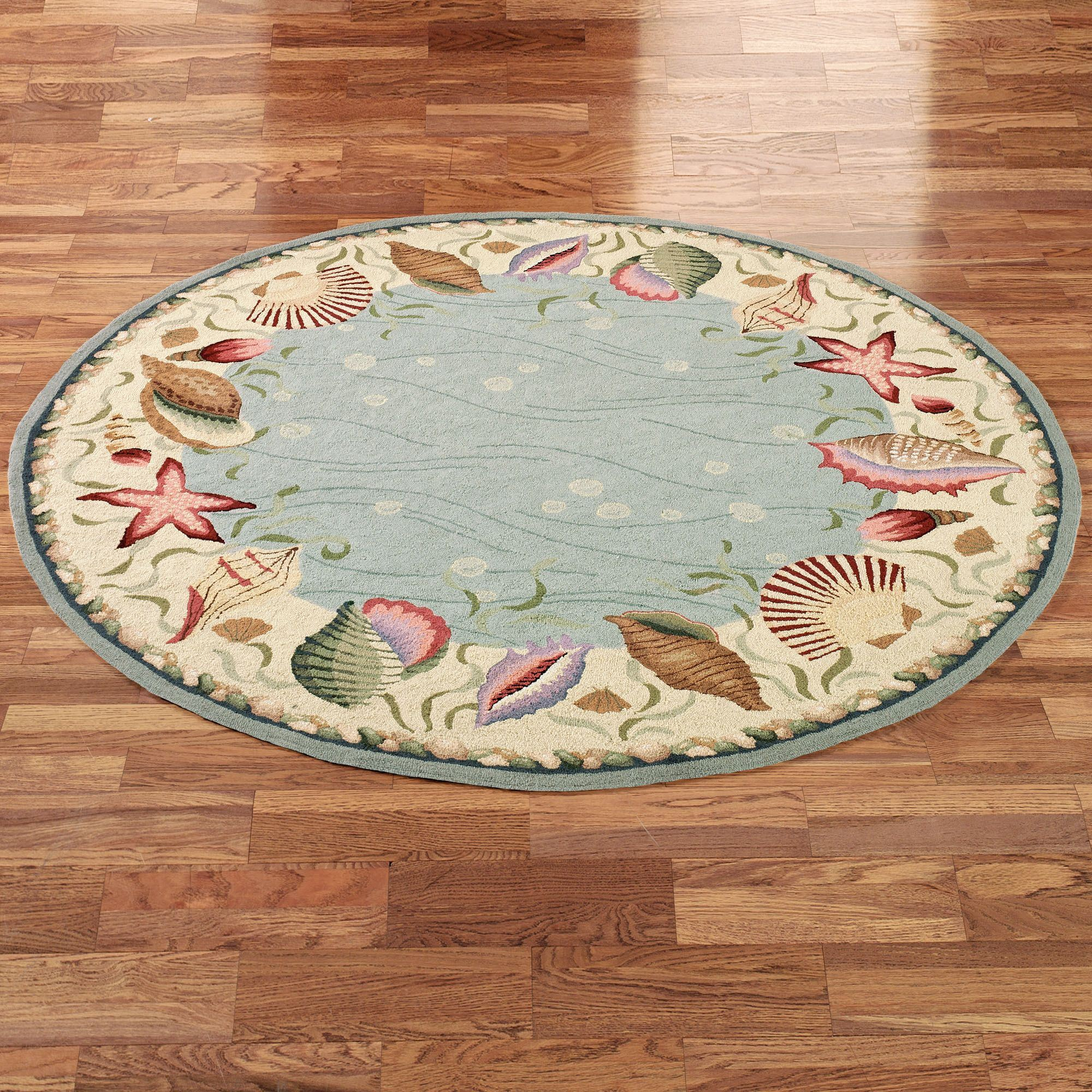 Ocean Surprise Coastal Seashell Round Rug