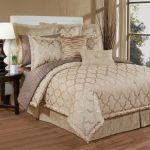Quartz Quatrefoil Trellis Comforter Bedding