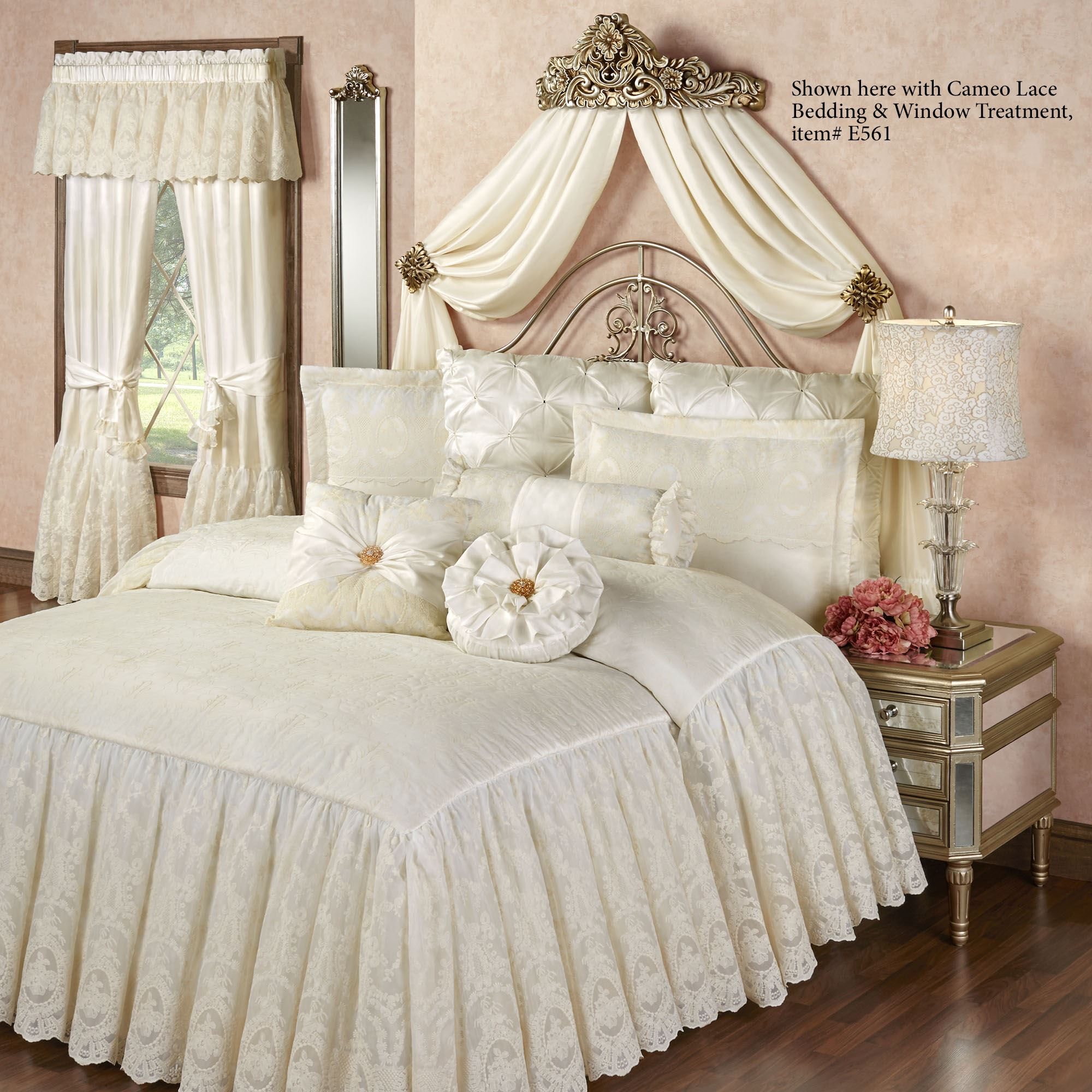 Vania Decorative Wall Teester Bed Crown on Wall Teester Bed Crown  id=11672