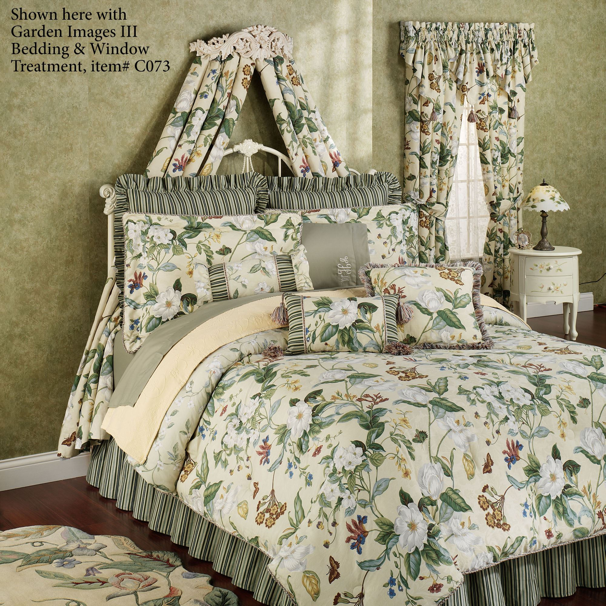 Flowering Medallion Antique Ivory Wall Teester Bed Crown on Wall Teester Bed Crown  id=51129