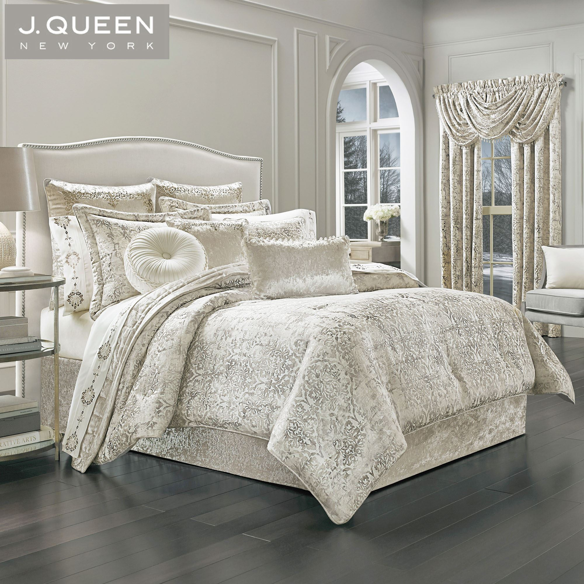 dream damask comforter bedding by j queen new york