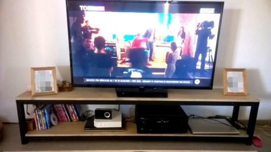 TOUFER METAL - Création de meuble pour télévision de type industriel sur mesure