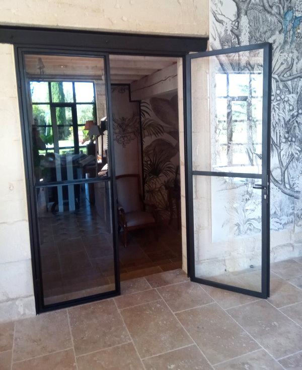 Toufer metal r alisation de verri res et porte vitr e de type industrielle for Porte vitree standard