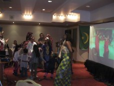 La chanteuse Mwila The Queen venue célébrer le cinquantenaire