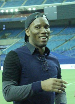 Didier-Drogba-Stade-Olympique-01