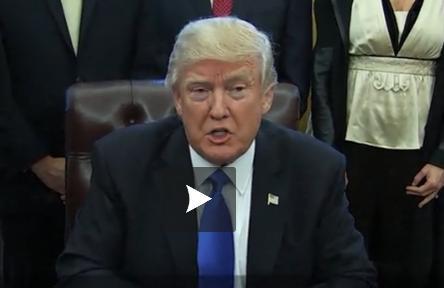 """Le décret anti-réfugiés """"fonctionne très bien"""" selon Donald Trump"""