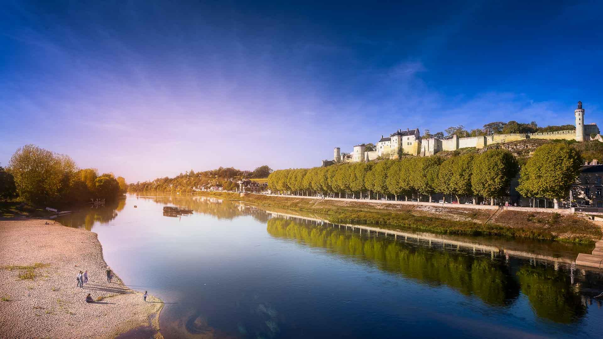 Visiter Chinon Et Sa Forteresse Azay Le Rideau Et Son Chateau