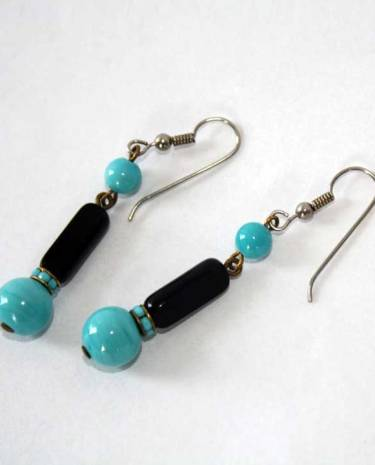 vintage glass bead dangle earrings