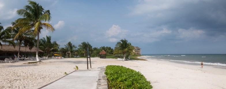 2018-10-09 - Caleta Tankah Beach-1
