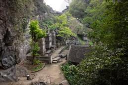 2019-04-13 - Bich Dong Pagoda-5