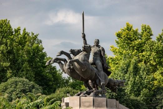 2019-06-18 - Statues-1