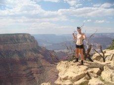 Eine Beliebte Tätigkeit ist das Wandern entlang des South Rims / Grand Canyon