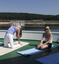 Yoga auf MS Brombachsee