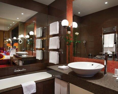 das Tirol -Bathroom