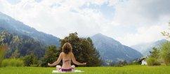 Travel Charme Ifen Hotel Yoga Wiese- Foto Hotel