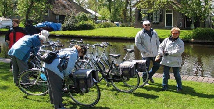 Mit dem Rad durchs holländische Wasserparadies