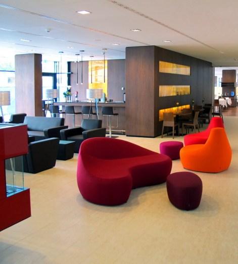 KWH Lobby1