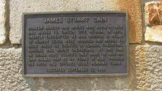 Die James Stuart Cain Gedenktafel in Bodie