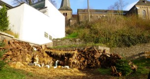 Freilandkrippe unter Kirche