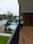 Balkon und Pool