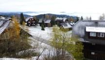 Blick vom Hotel auf das Almdorf 2